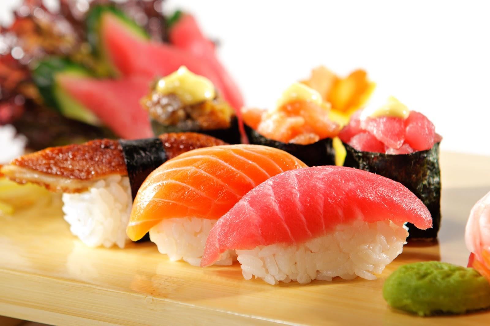 sushi-bar-mon-an-truyen-thong-tet-tai-nhat-ban